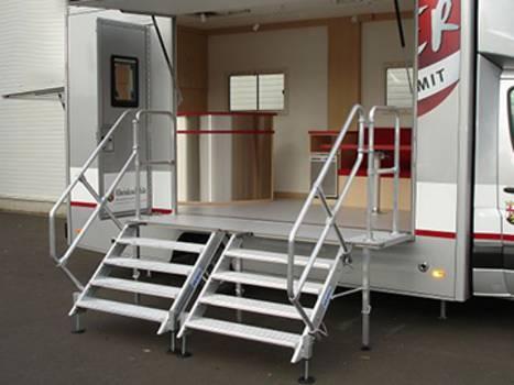 Aluminiumtreppen für individuelle Lösungen als Alternative zu Treppen aus Stahl