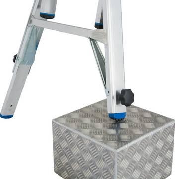 Sprossen-Gelenk-Teleskopleiter mit 4 Holmverlängerungen - 4 integrierte Holmverlängerungen an den Leiternaußenteilen (Integrated Tele-System)
