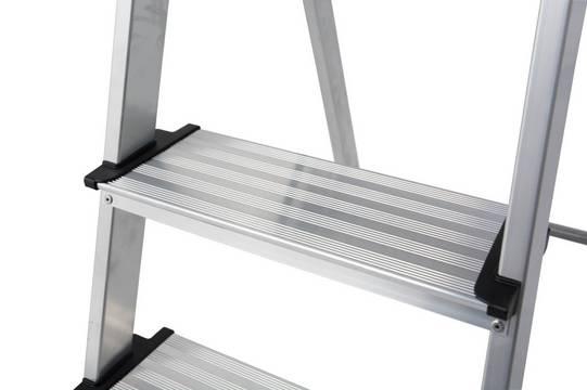Stufen-Stehleiter Safety - 125 mm tiefe Sicherheitsstufen mit Anti-Rutsch-Riffelung