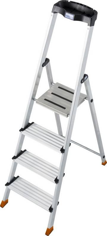 Die komfortable und ergonomische Stufen-Stehleiter bietet ermüdungsfreieren Stand dank 125 mm tiefer Stufen sowie eine Multifunktionsschale mit Kabelhaltern.