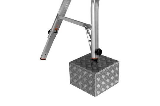 Sprossen-Gelenk-Teleskopleiter mit 4 Holmverlängerungen Televario - 4 integrierte Holmverlängerungen an den Leiternaußenteilen (Integrated Tele-System)
